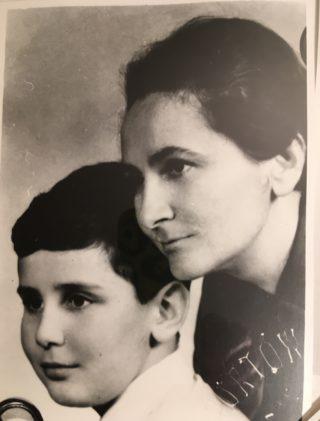 Janina Ludawska i Tomasz Ludawski, zdjęcie paszportowe.