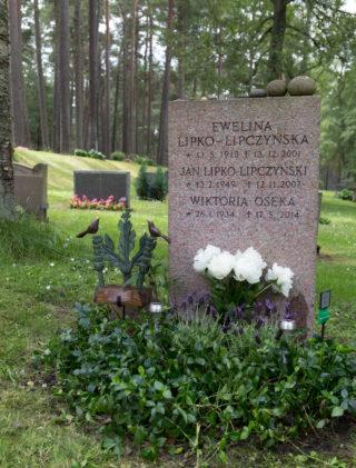 Grób Eweliny Lipko-Lipczyńskiej, jej syna Jana i córki Wiktorii w Sztokholmie, 14 lipca 2016 r.